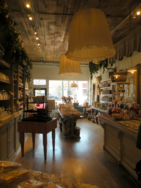 Welcome to the city for Bella j cucina